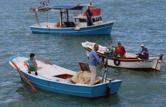 Sürmene'de tekne yarışları nefes kesti!