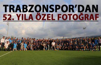 Trabzonspor antrenmanı öncesi 52. yıl pozu
