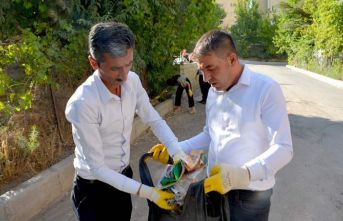 Başkan Karaman, temizlik çalışmalarına katıldı