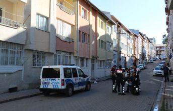 Komşusu tarafından 11 yerinden bıçaklanan şahıs hayatını kaybetti