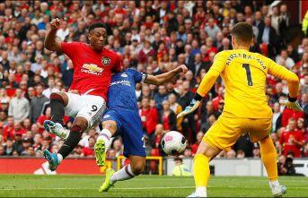 Manchester United, Chelsea'yi 4-0'la geçti!