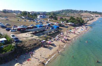 Sinop'ta tatilciler sahilleri doldurdu