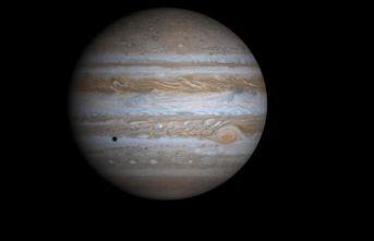 Jüpiter bir gezegenle çarpışmış olabilir