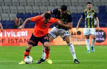 Fenerbahçe Başakşehir'i geçti
