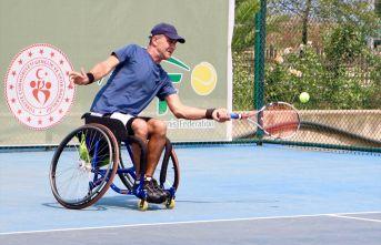 Tekerlikli sandelye tenis turnuvası Trabzon'da...