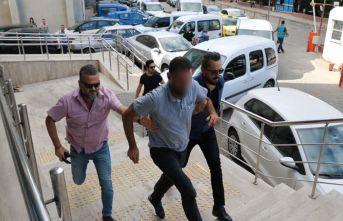 Terörle mücadele gazisini darp ettiği iddia edilen 2 kişi serbest bırakıldı