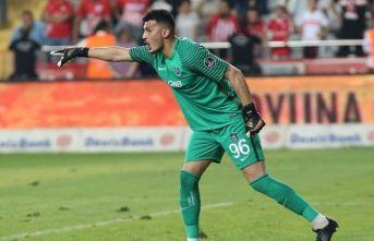 Trabzonspor Uğurcan'ın sözleşmesini uzattı
