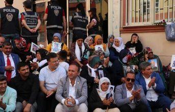 Trabzonlu şehit annelerinden Diyarbakır annelerine...