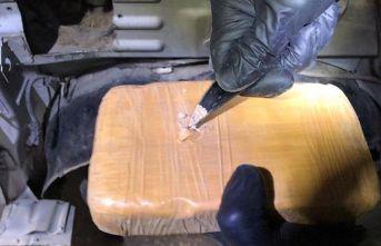 331 kilo 160 gram uyuşturucu ele geçirildi.