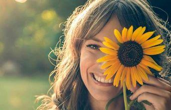 Güneşte bir gözünüzü kapatıyorsanız dikkat, şaşı olabilirsiniz!