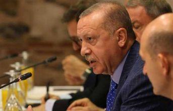 Erdoğan'dan Merkel'e: Terör örgütünü Nato'ya aldınız da bizim mi haberimiz yok?