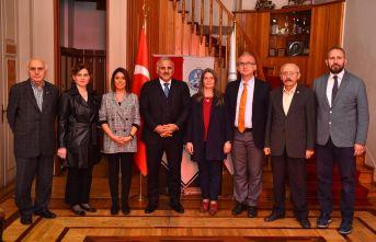 Zorluoğlu'ndan Trabzon Barosu'na iadeyi ziyaret