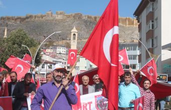 Mehmetçik'e destek yürüyüşü