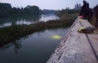 Yeşil Irmak'a düştü hayatını kaybetti