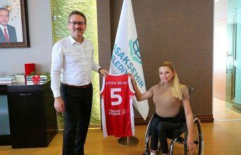 Latife Selin Şahin Avrupa'ya transfer oldu! Bir ilk...