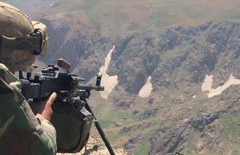 Diyarbakır kırsalında 3 terörist etkisiz hale getirildi