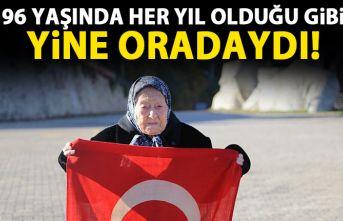 Artvin'de 96 yaşındaki Erzade nine her 10 kasımda Atatürk'ün huzurunda