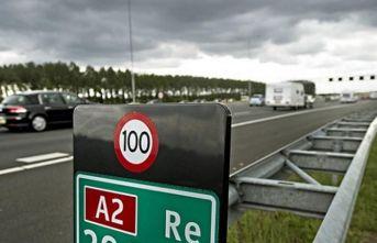 Hollanda'da hız sınırı 100 km'ye indirilecek