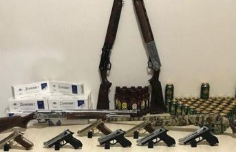 Adıyaman'da kaçak içki ve silah ele getirildi