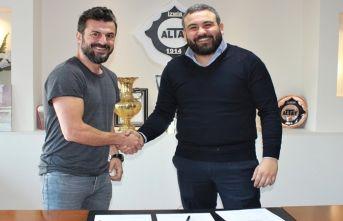 Trabzonspor'un rakibinin yeni hocası belli oldu
