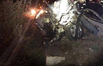 Astsubay, otomobiliyle yaptığı kazada hayatını kaybetti