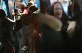İngiltere'de 14 yaşındaki Müslüman kız çocuğuna ırkçı saldırı
