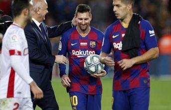 Messi bir kez daha tarihe geçti