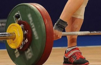 Yıldızlar ve 15 Yaş Altı Avrupa Halter Şampiyonası'nda 7 madalya