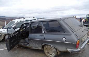 Kütahya'da otomobiller çarpıştı: 1 ölü,...