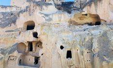 40 odalı mağara ev sahibini bekliyor