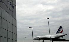 Uçağın iniş takımlarında çocuk cesedi bulundu