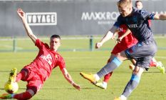 Trabzonspor Partizani'yi tek golle geçti