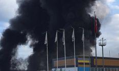 Plastik fabrikasıda yangın