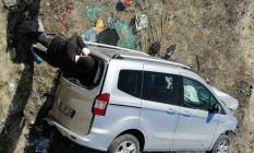 Bingöl'de otomobil takla attı