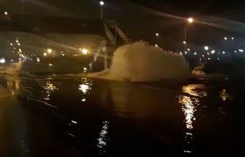 Son dakika! Trabzon'da Su hattı patladı! Yollar...
