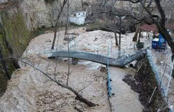 Ermenek'te yağış sele neden oldu