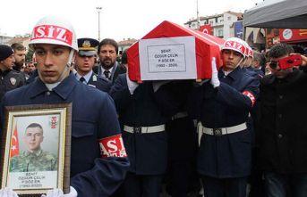 Şehit Er Özgür Çelik, son yolculuğuna uğurlandı