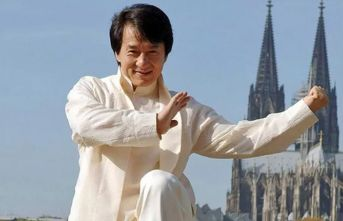 Jackie Chan'den korona virüsü adımı!