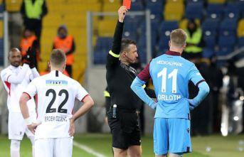 Trabzon maçının hakemine maç yok! Kızağa çekildi
