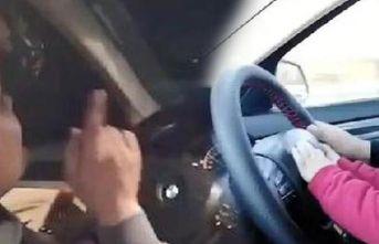 'Önemli olan elsiz araba kullanmak' dedi! Büyük tepki
