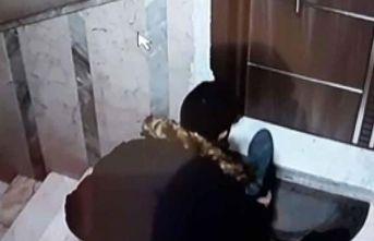 11 apartmandan 25 çift ayakkabıyı numaralarını kontrol edip, çaldı