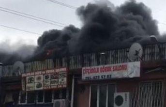 Esenyurt'ta sanayi sitesinde yangın!