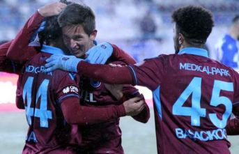 Trabzonspor'un gençleri sınıfı geçti