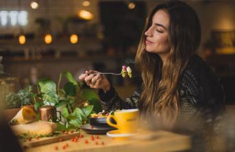 Duyguların yemek yeme davranışına etkisi