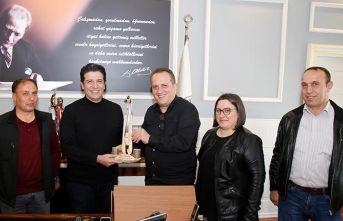 Trabzon derneğinden belediye başkanına ziyaret
