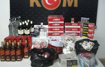 Trabzon'da işyerlerine baskın! Yüzlerce paket...