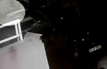Şişli'de bebeğin çöp konteynerine bırakılma anı kamerada