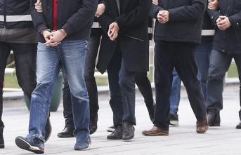 İzmir merkezli FETÖ operasyonu! 62 tutuklu
