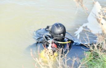Kızını kurtarmak için suya atlamıştı! 18 gündür haber alınamıyor