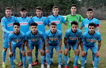 Trabzonspor'un gençleri Beşiktaş'ı rahat...